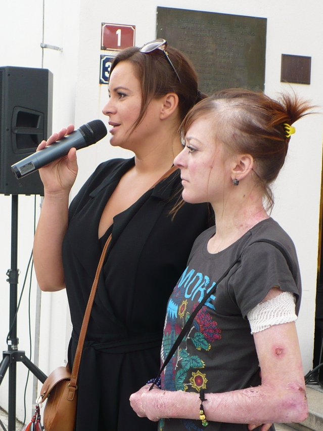 Jitka Čvančarová s nemocnou Petrou Koudelkovou